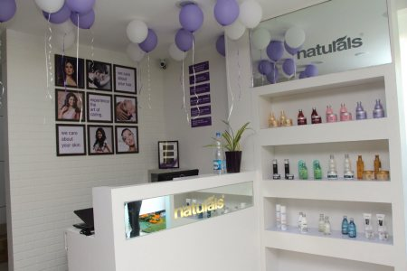 Flat 25% discount on all service at NATURALS, PRAGATHI NAGAR, HYDERABAD COME AND ENJOY YOUR SERVICES.