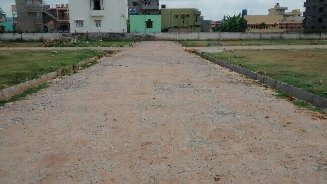 Sites for sale next to atibelle toll gate at great price . please call 8892623515 for more details. - by Bangalore Acres, Chamarajanagar
