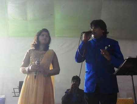 we do live music  concert in indore - by Raaz Event And Management, Indore