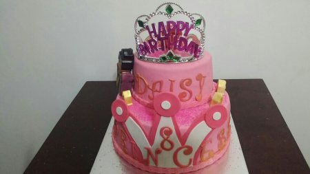 princess cake fr a 8 yr old - by Akki Cups And Cakes, Ahmedabad