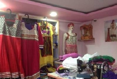 Pretty woman boutique in palasia indore - by Pretty Women Boutique, Indore