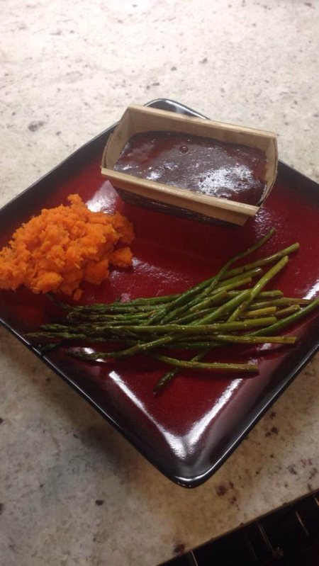 I decided to make a turkey meatloaf this time in cute little paper loafs! I could only eat half then put the rest in a container. Made mashed sweet potatoes and roasted Parmesan asparagus to go with it! Perfect for a #rainy day in #Texas !
