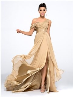 Stunning Party Wear Gown for Girls  for similar products log on to  www.fashiondiva.me  - by FashionDiva.me - Mumbai, Mumbai