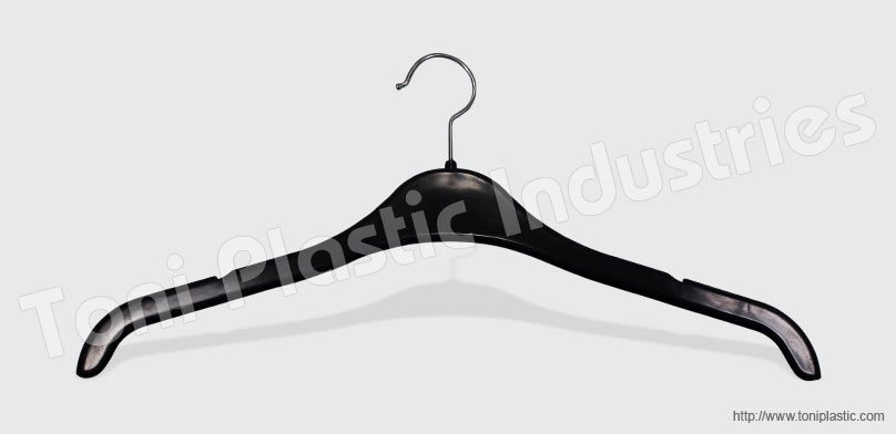 Plastic Hanger Manufacturer | Best Quality Plastic Hanger | Shirt Hanger | Plastic Hanger |   We are the largest manufacturer of Plastic Hangers in India. We manufacture all kinds of plastic hangers in different colors and sizes.  For more  - by Toni Plastic Industries, Delhi