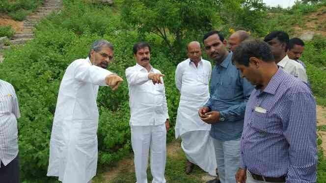 MLA VINAY BHASKAR GARU WITH JAGAN MOHAN   - by Prasad's Townships Pvt Ltd, Hyderabad
