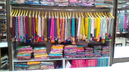 latest collection of silk sarees in aurangabad - by Designers Sarees, Aurangabad
