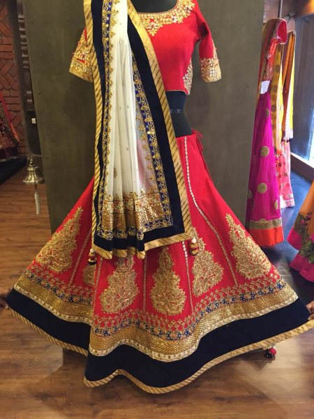 Bridal lehengha in red at preet mangal store Gotta patti embroidery on the lehenga  - by Preet Mangal, Ahmedabad