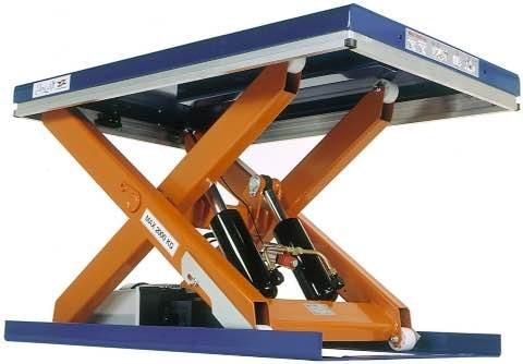 Scissor lift in Bangalore  - by LIFTROFAB, Bangalore Urban