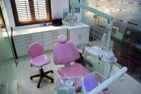 very few clinics have the facility of pedodontist (dentist for kids).these docs are specialised in treatment for nursing bottle syndrome, fluoride and preventive dentistry for kids.Dr.Pritika Rai , pedodontist from KGMC Lucknow is available - by Bhatia Dentopulse Janakpuri New Delhi, New Delhi