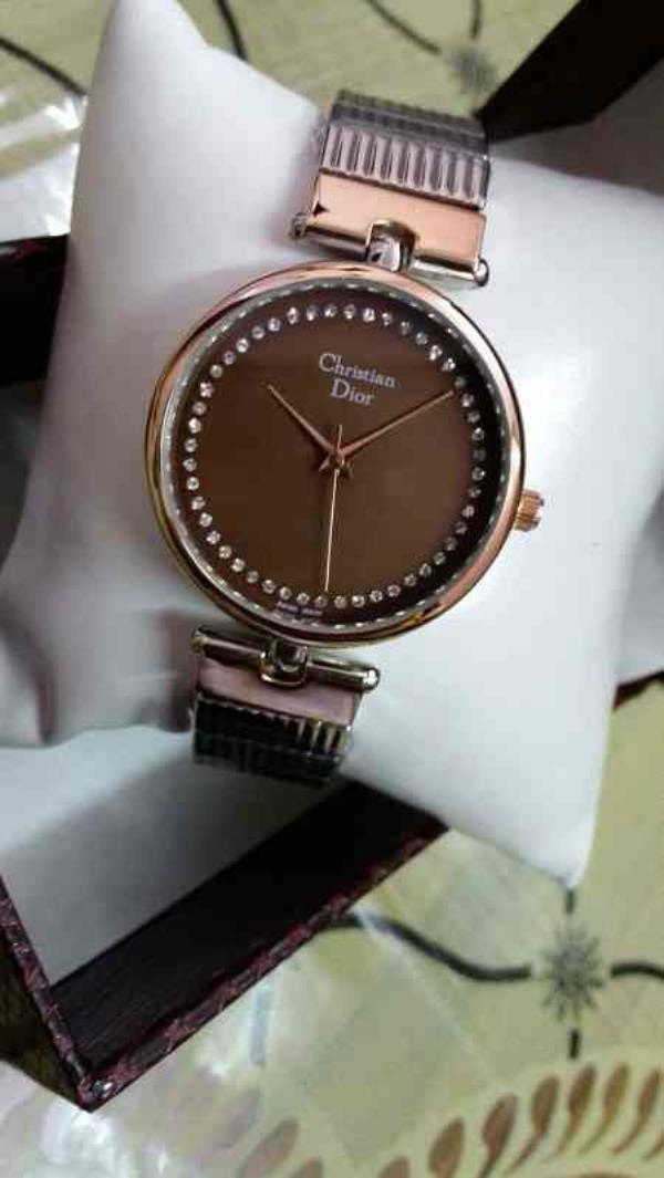 christion dior watch for girls   contact for price:- +91-9654571571