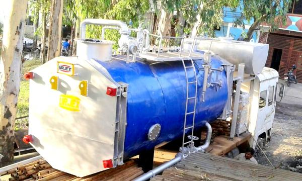URJEX make High Speed Diesel Oil Fired Hot Water Boiler. It is a Smoke Tube Type Three Pass Boiler having 94% Thermal Efficiency. Please contact for related queries:-  Contact Person:- Mr. Urjesh Rai Mobile No.:- +91-9312254919,  Landline:- - by Urjex Boilers Pvt Ltd, Delhi