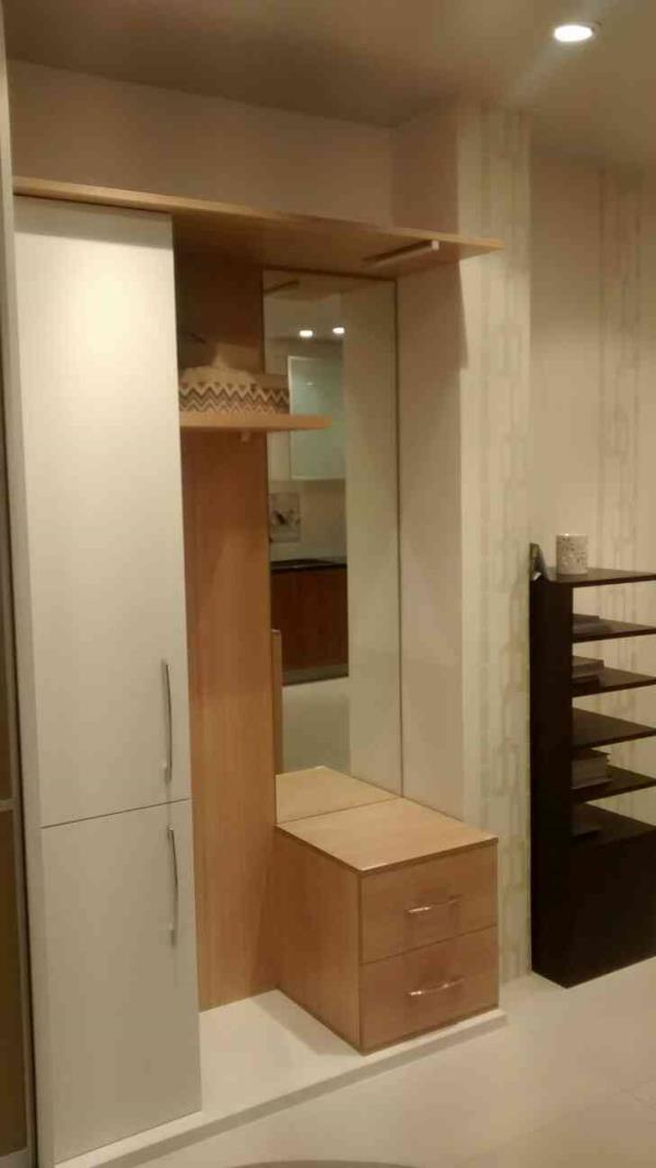 sliding door wardrobes and  European style dressing table - by Luxus Gachiblowli, Hyderabad