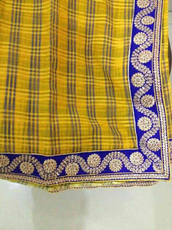 yellow chenderi saree with plain blouse. - by 2Seven Design, Hyderabad