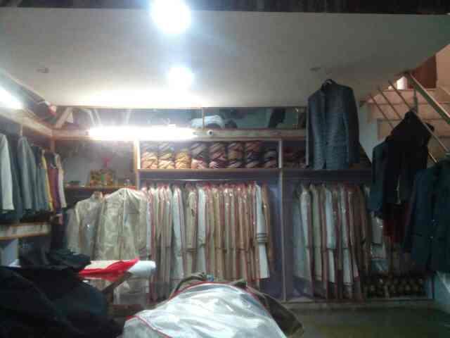 Big shop in kishangarh - by Jai Shree Jodhpuri Safa & Sherwani, Kishangrh