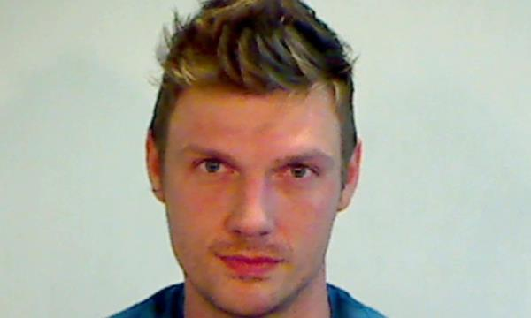 Backstreet Boys' Nick Carter arrested after fighting outside a Florida bar http://ow.ly/3a73vS