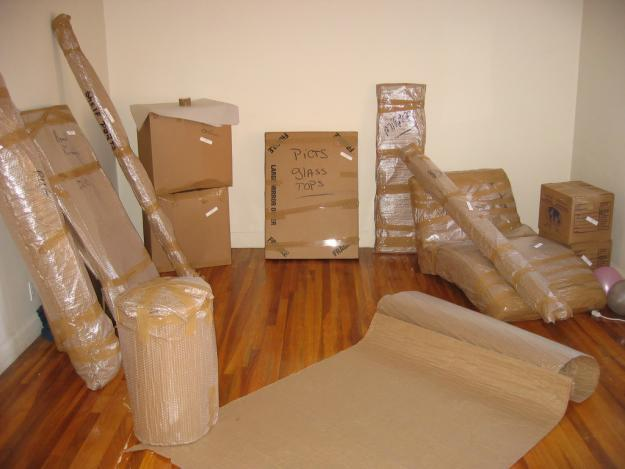 Best Movers and Packers in Ahmedabad to provide best and Nice household goods shifting. by us Paramount Packers and Movers are provide you with best quality  packing and shifting services made very easy for your domestic goods relocation at - by Paramount International packers and movers, Ahmedabad