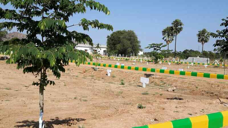 open plots at YADAGIRI GUTTA opp HOTEL VIVERA  - by Land Bank , Hyderabad