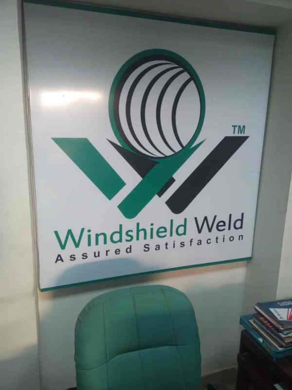 we provide cashless wind screen replacement facility