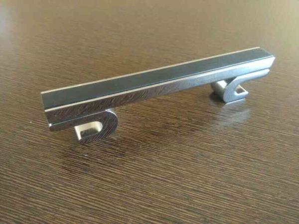 We are manufacturer of cabinet handle in RAJKOT , Gujarat - by Ram Metal, Rajkot