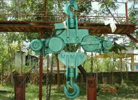 20T Motorised Chain Pulley Block  - by Artech Engineers, Ahmedabad