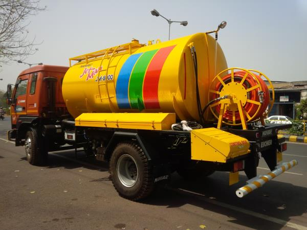 We Maniar are manufacturer High pressure Jetting machine used for  cleaning of under ground drainage line by Municipal authorities. Machine is fitted with Imported Italian Triplex Plunger pump.  For more information please visit: www.maniar.com
