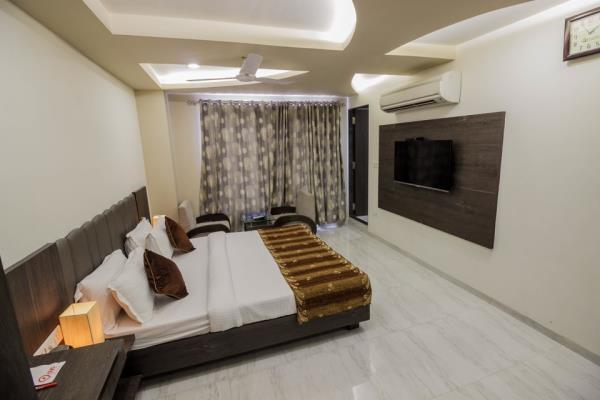 Lokking for the best and comfortable stay in ahmedabad, step down to Hotel Unity, the luxurious stay with marvelous Facilities.   - by Hotel Unity, Ahmedabad