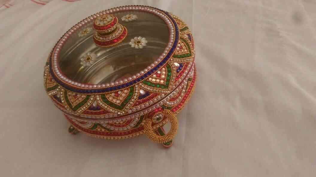 We are manufacturers of marriage handicraft item in Rajkot , Gujarat - by Vivek Handicraft, Rajkot