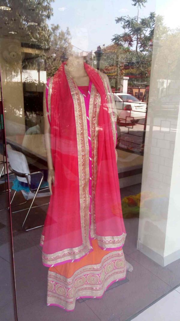 we are saree manufacturer in Jaipur - by Sangini Sarees, Jaipur