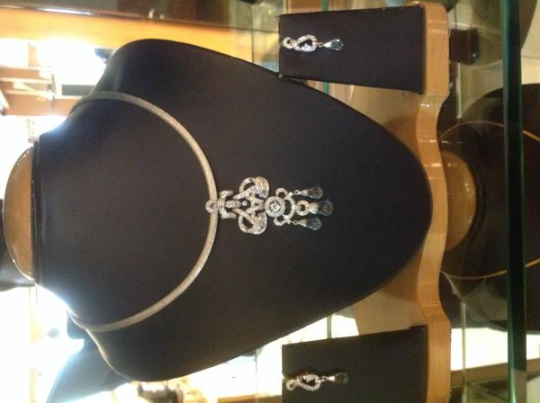 Diamond pendant set in residency road - by Jewels Garden, Bengaluru