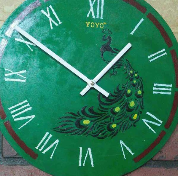 latest yoyo wall clock painted by colours price @ 2100 rs per Clock. this is exclusive art time duration to develop one clock is 2-3 days.