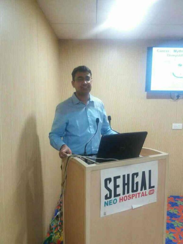 Cancer awareness talk by renowned cancer specialist in delhi ncr Dr sushant mittal