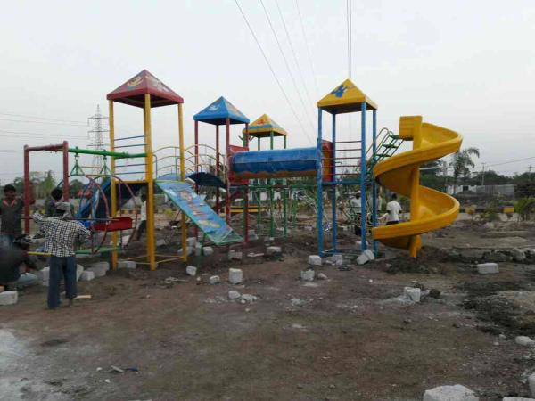 playing equipment park manufacturing in Hyderabad  4pillar multi play systems with sprial slide