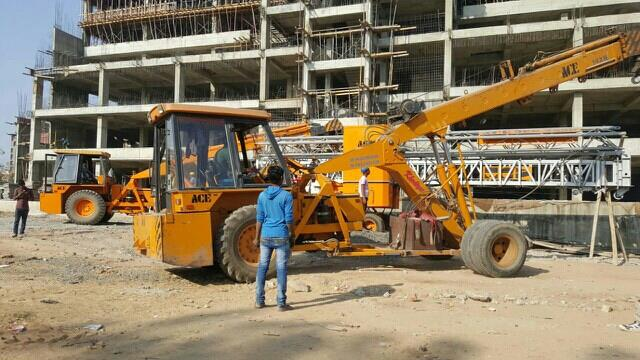 we are service prociding crane in naroda. - by Khodiyar Crane, Ahmedabad