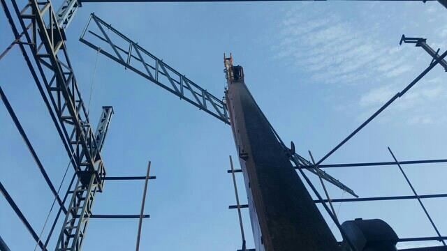hydra crane in ahmedabad. - by Khodiyar Crane, Ahmedabad