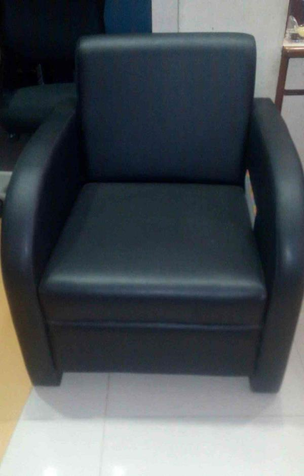 Best chair for your comfortable sitting get the modern chair in Vadodara