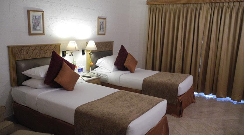 hotel mandakini, near station, airport, kanpur, lucknow, delhi, agra, hyderabad