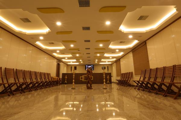 Mayapuri Amira - luxury hotel.  Newly innaguratted luxury hotel at swamimalai . we welcome you all to visit  our property & infrastructure.  For more info www.mayapuriamira.com - by Mayapuri Amira, Kumbakonam