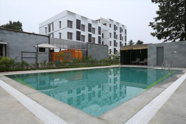 Budgeted  luxury hotel in  swami malai kumbakonam.  Myapuri Amira luxury hotel  located  at swami malai kumbakonam,  we  welcome you all people to stay with us.   Mayapuri Amira hotel provide luxury and comfort feel to the guest.  For more  - by Mayapuri Amira, Kumbakonam
