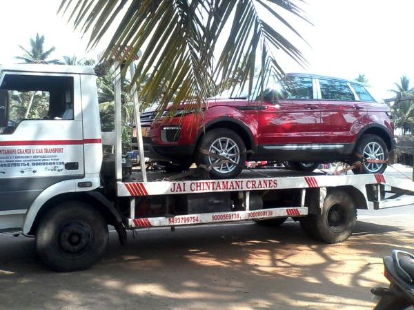 Jai Chintamani Crane  People get in Trouble when there  Car Breakdown in Delhi , For Car Breakdown Services in Delhi NCR Contact Us Now  - by Jai Chintamani Cranes & Car Movers, New Delhi