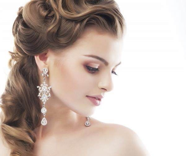 Best Hair Style and Beauty care in Anand, Gujarat, India. - by Ravis Beauty Care And Spa, Anand