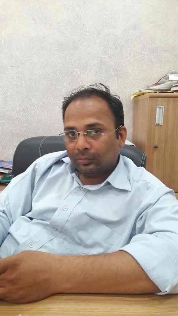 Meet mr Umang Shah proprietor of Navkar Impex in ahmedabad