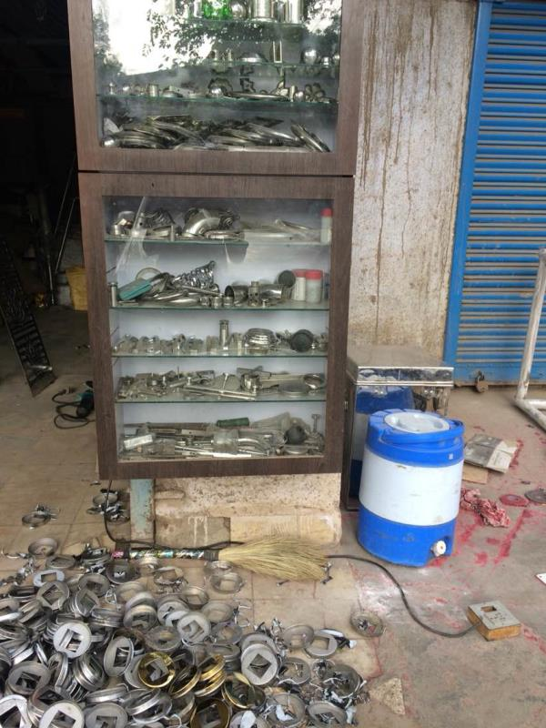 ramdev metal art provides sa railing accessories and furniture - by ramdev metal art, Ahmedabad