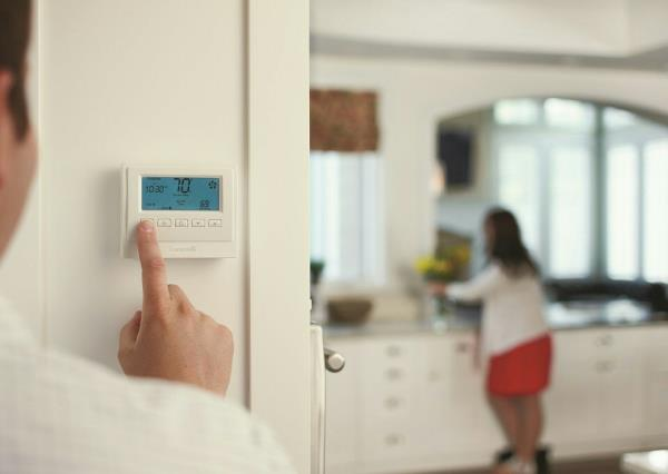 Climate Automation Home Climate Control Systems—Heating and Air Conditioning Our unique climate control solutions are ultra-efficient and can be set up to intelligently allocate heating and air conditioning according to exactly … - by Connected home , Ahmedabad