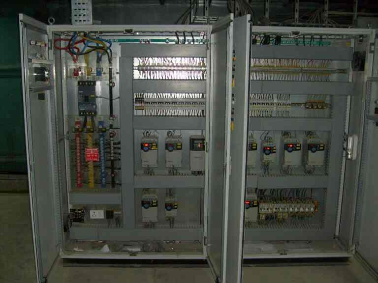 NSTRUMENTATION & AUTOMATION PANELS   PLC CONTROL PANEL / INSTRUMENT PANEL / SCADA - DCS SYSTEM PANELS  CONSTRUCTION – MS / SS 304TYPE – FIXED, NON DRAWOUTMOUNTING – WALL / FLOOR MOUNTINGPAIINTING – CHEMICAL TREATMENT AND POWDER COATING FOR  - by Purvax Engg, Ahmedabad