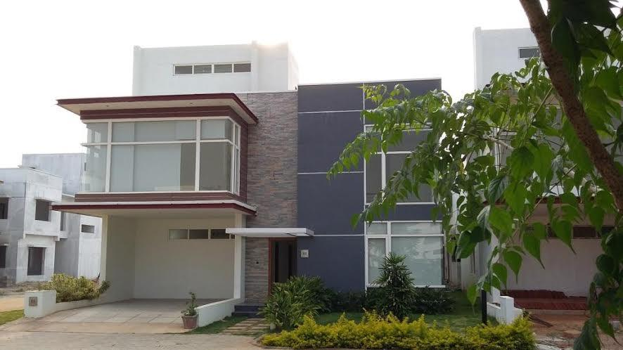 Ready to move in villas at sarjapur  Ready to move in villas with Site Area 2400, BUA 3246 available for sale in sarjapur.  Link : http://pushpamgroup.in/projects/ongoing/pushpam-woods/