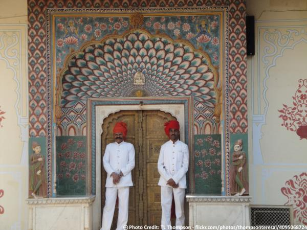 Delhi To Jaipur One Day Sightseeing Tour Packages By Taxi  Jaipur City Palace's Pitam Niwas' another gate is called Lotus Gate & is dedicated to summer. Sightsee the grandeur of Jaipur city with taxiGUIDE.in One Day City Sightseeing Tour.   - by taxiGUIDE.in Delhi, New Delhi