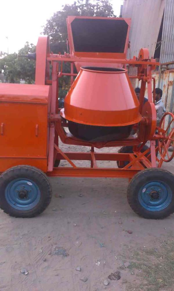 CONCRETE MIXERS MACHINE  we have best quality and material products in CONCRETE MIXERS MACHINE.