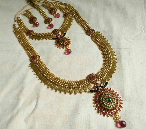 Indian Traditional Jewellery supply in mumbai