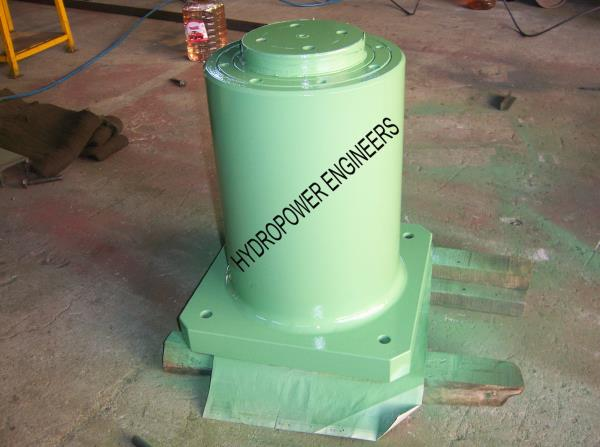 We are in Bangalore INDIA manufacturing Hydraulic Bottle Jacks. Heavy duty jacks are used for Lifting a huge structure. Bottle Jacks are Low Height Minimum stroke and Heavy Lifting load. - by Hydropower Engineers, Bengaluru
