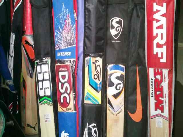 we are supplier of all kind of sport equipment in Rajkot  - by Haoozat Sport Corner , Rajkot